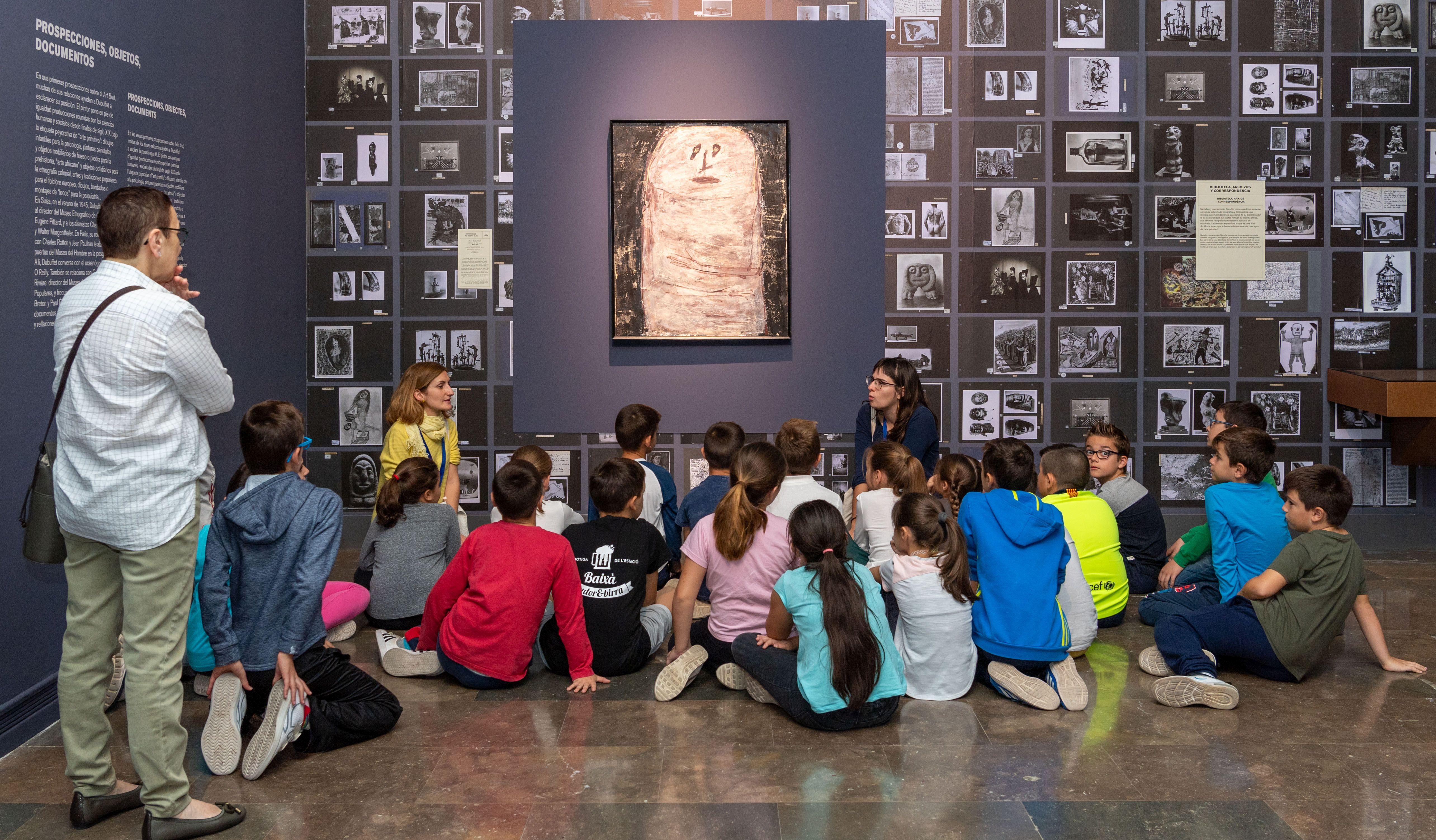 El IVAM refuerza su programa de actividades culturales