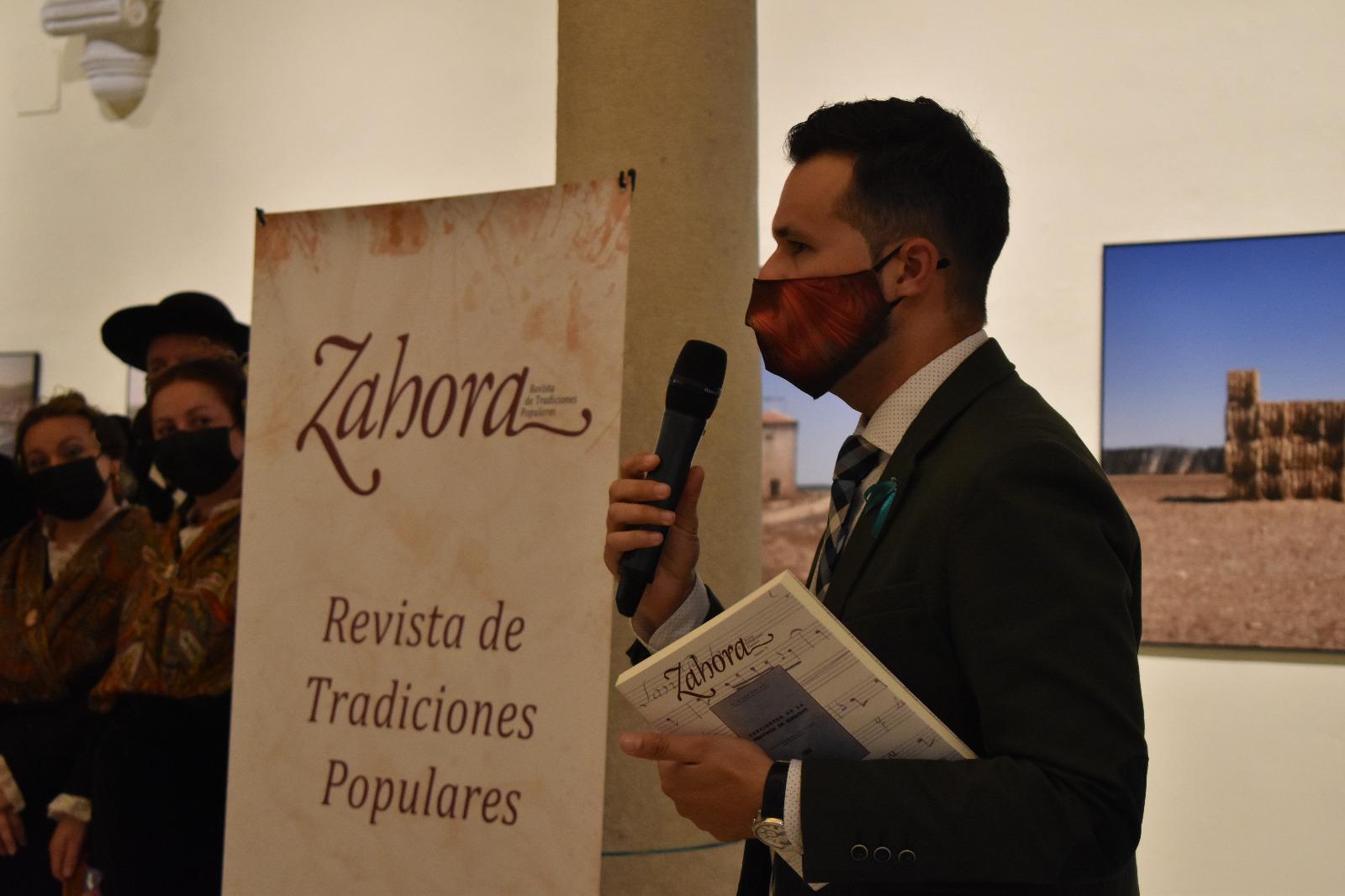 La Diputación recoge en los dos últimos números de su revista Zahora sendos cancioneros de la provincia de Albacete, uno de ellos inédito