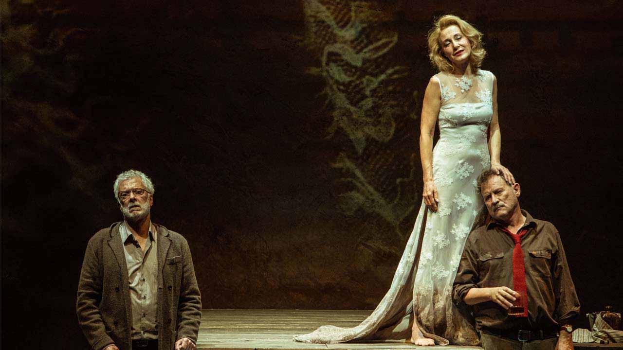 ''En la orilla'', la adaptación de la novela de Chirbes, estará en el Teatro de Rojas
