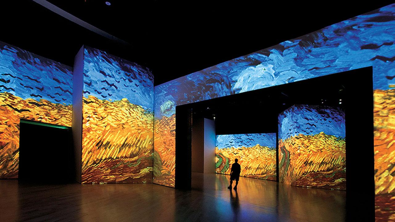 Valencia acoge la exposición multimedia y multisensorial más visitada del mundo